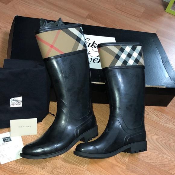 bda49549c Burberry Shoes   Bnwt Crosshill Check Rain Boots   Poshmark